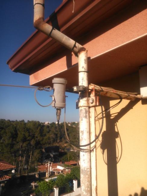 Detalle antena instalada