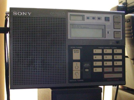 Sony ICF 7600D