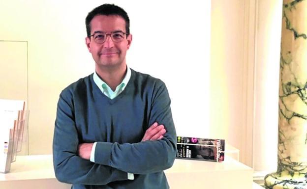 El director del Museo de la Radio 'Luis del Olmo' de Ponferrada, Francisco Javier García Bueso.